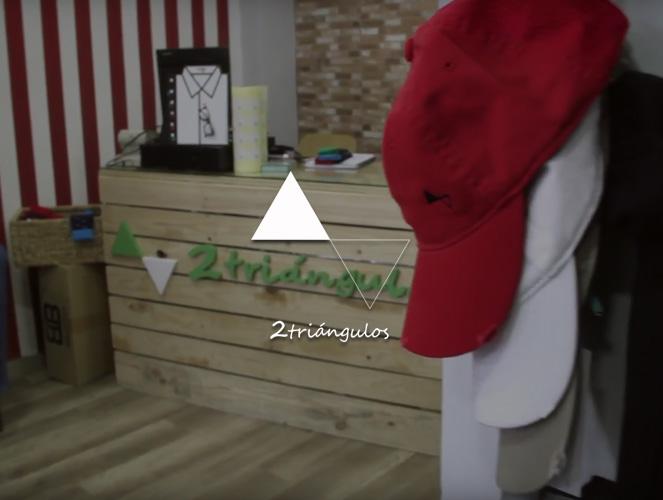 2 triángulos